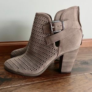 Vince Camuto Block heeled perforated bootie